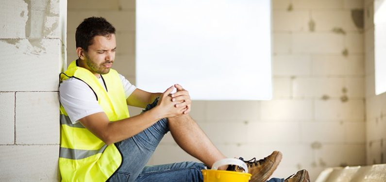 worker's compensation - Man with injured knee